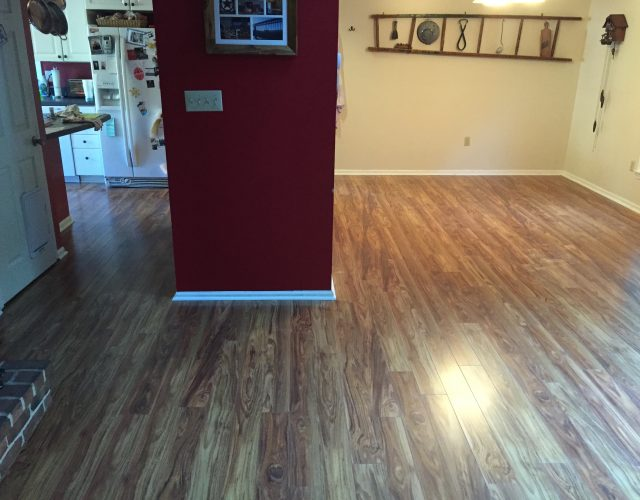 light hardwood floor in kitchen and dining room